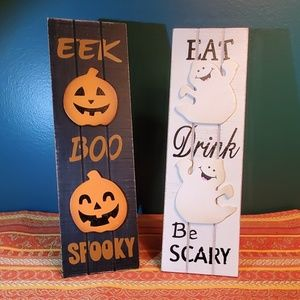 Spooky Halloween signs!